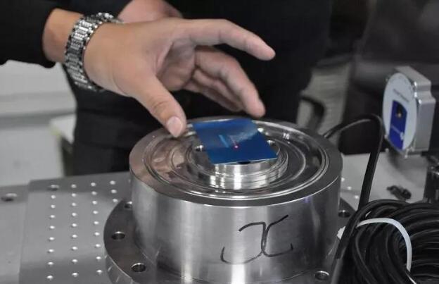 力传感器在工程机械领域的原理与应用