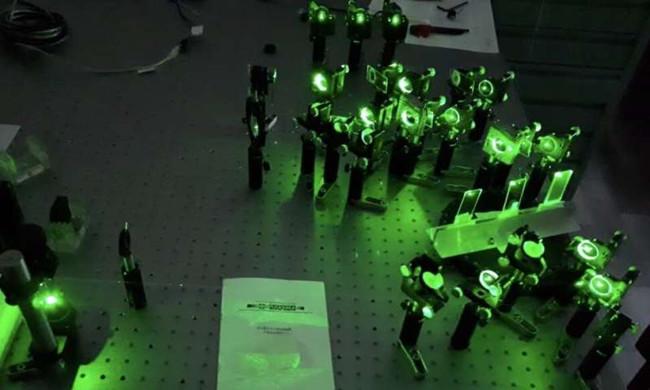 仅使用光学相干性来测量物体位置的设备。信.jpg
