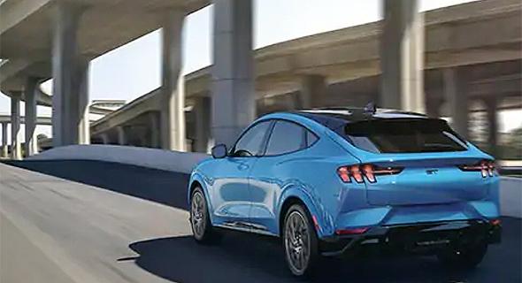 Mustang-Mach-E_l.jpg