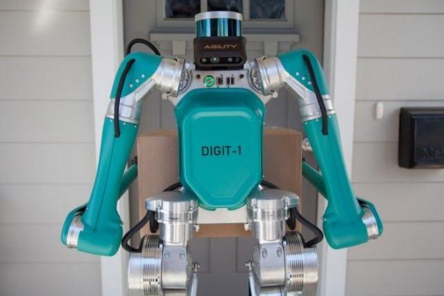 该机器人配备有激光雷达传感器和立体相机