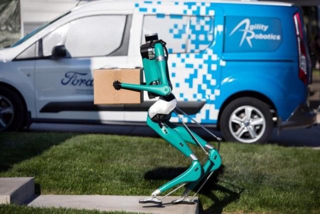 福特欲结合无人驾驶与机器人技术,以解决包裹运送难题。
