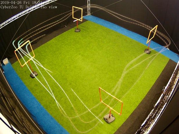 该无人机在测试中的飞行轨迹图