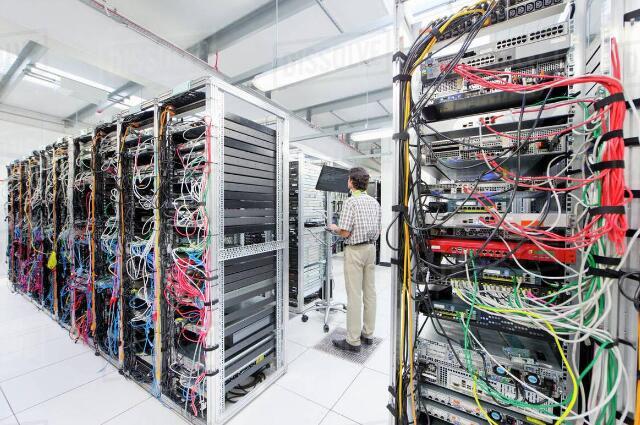 温湿度传感器在电信机房温湿度监控中的应用