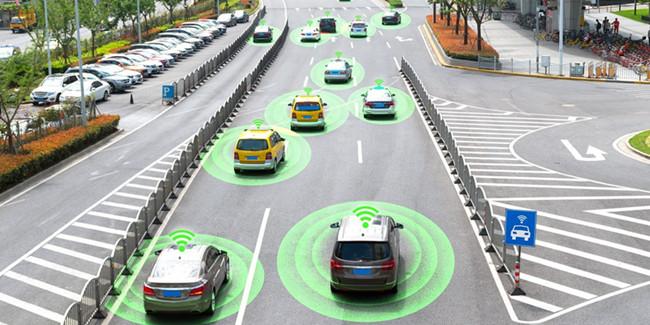 在城市智慧交通系统中,传感器承担了什么角色?