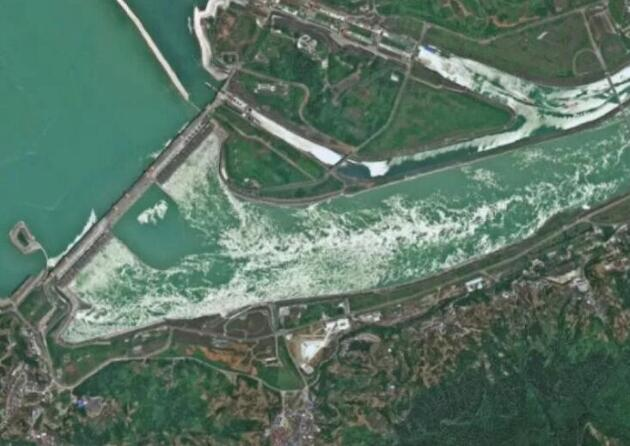 从近期三峡大坝变形谣言看三峡大坝的变形监测系统现状