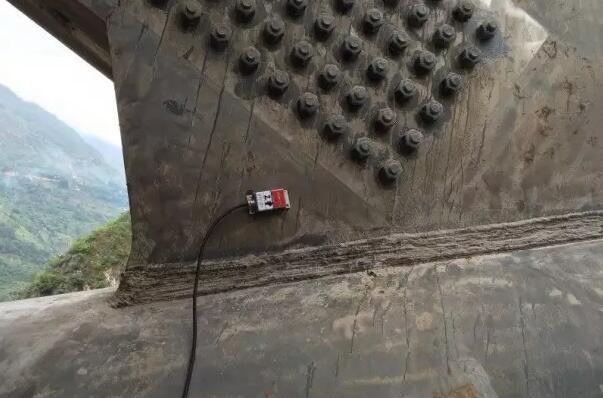 倾角传感器在桥梁转体施工中的应用