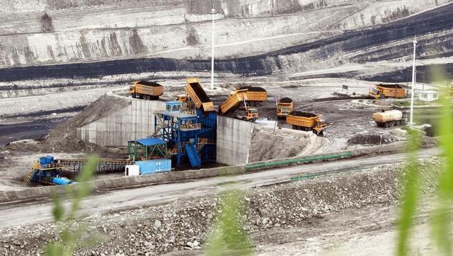 基于5G技术矿车在内蒙古投入运行