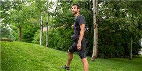 国外研发机器助力服装 可节省行走和跑步所需能量