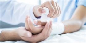 传感器在伤口愈合时监测伤口