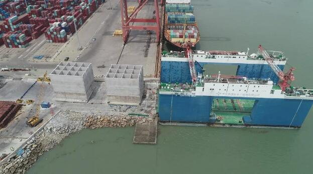 无线压力传感器在港口沉箱出运作业中的应用