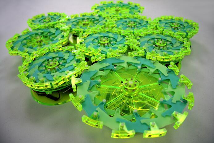 麻省理工科学家研发出新型微型协作机器人