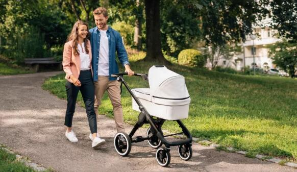 博世推出搭载传感器的新型电动婴儿车