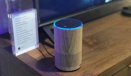 亚马逊将推出内置加速计的无线耳机 进军健康监测领域