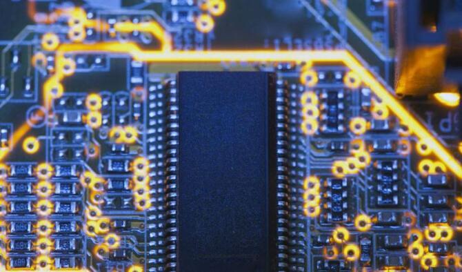 我国半导体电路不应盲目追随国际先进工艺