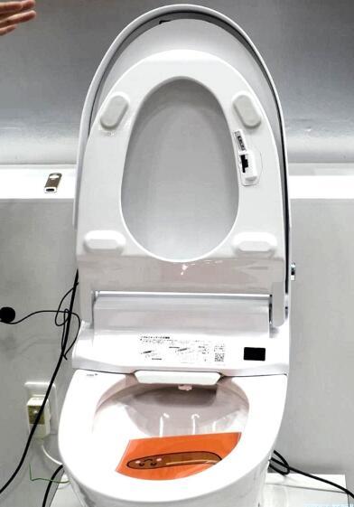 日本推出带有图像传感器的智能马桶