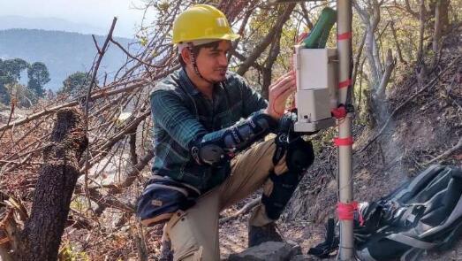印度采用加速度传感器监测山体滑坡早期预警信号