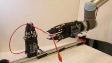 麻省理工研发新型触觉传感器 可让机器人给电线打结